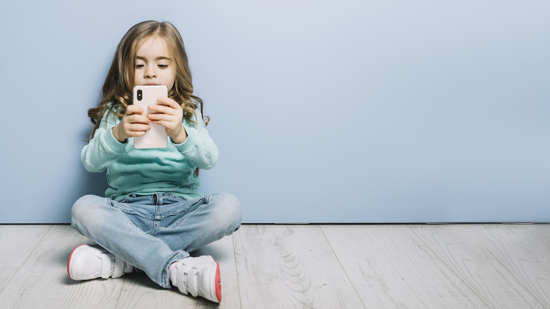 El Primer Mòbil Dels Fills I Filles: Quan, Com, Quin I Per Què?
